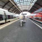 Ladendiebin am Hauptbahnhof Halle stößt Verkäuferin mehrfach gewaltsam von sich, beleidigt und verletzt Bundespolizisten und leistet Widerstand