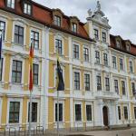 Sachsen-Anhalts Ministerpräsident Haseloff dankt Bundeswehrangehörigen für Einsatz in der Corona-Krise