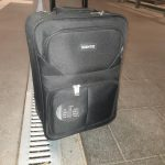 Wieder herrenloses Gepäckstück im Hauptbahnhof in Magdeburg, Bundespolizei findet Einhandmesser im Koffer