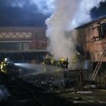 Scheune und Carport in Uenglingen bei Stendal bei Brand zerstört