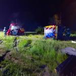 Kleintransporter-Fahrer übersieht Schwertransport: 5 Verletzte bei Unfall auf der A2 bei Hohenwarsleben