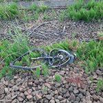 Fahrrad lag bei Bitterfeld-Wolfen auf den Gleisen - Güterzug fährt drüber und wird beschädigt